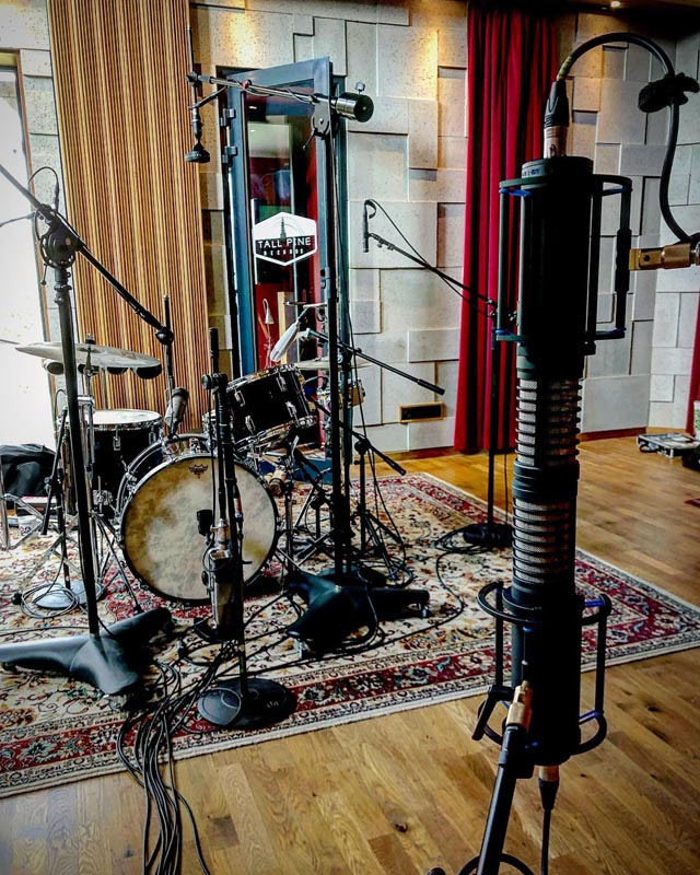Tall Pine Records (POLAND), Drum Session with ARM-1L