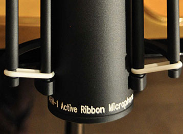 Supply:<br /> Phantom<br /> +48V (+/- 5V)